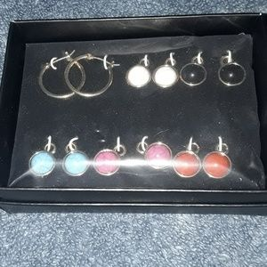 AVON EARRING COLLECTION! NEW IN BOX!😊 NWOT!